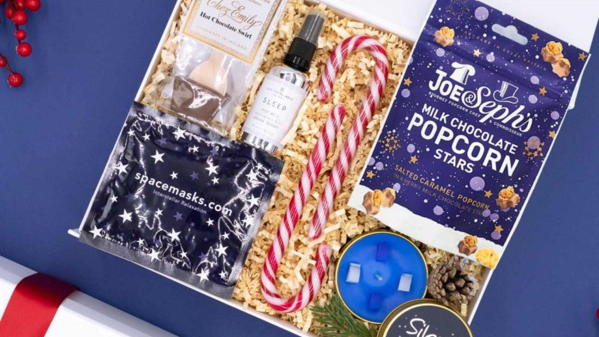 Twas-The-Night-Before-Christmas-Gift-Box-Vixi-Gifting-800x800-2