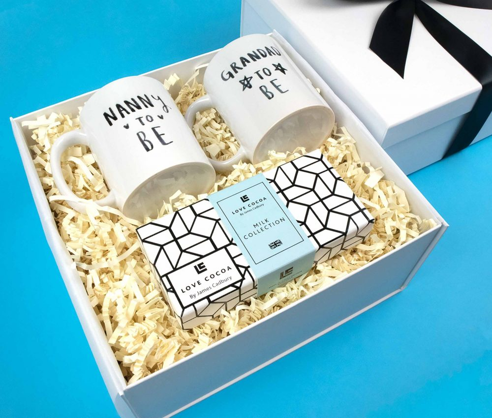 grandparents-to-be-blue-gift-box-01